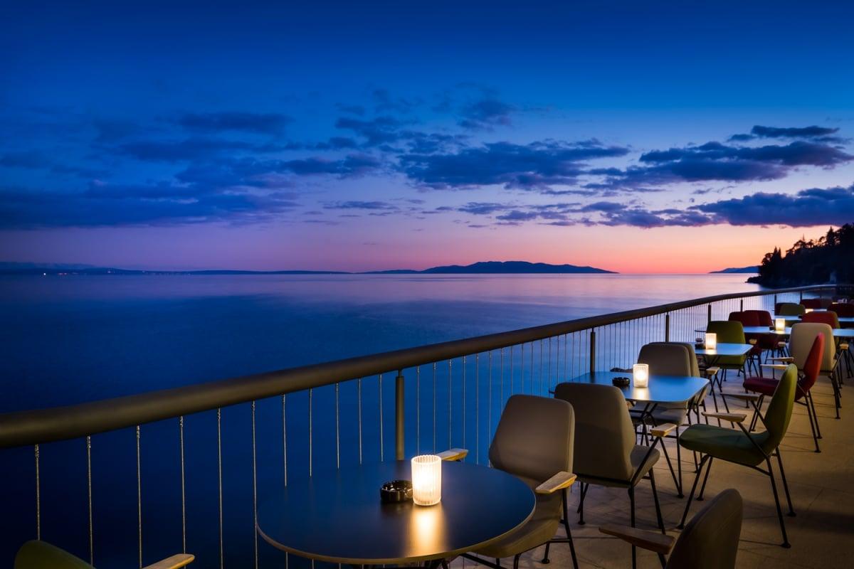 Preluk design hotel navis webcams opatija for Design hotel navis